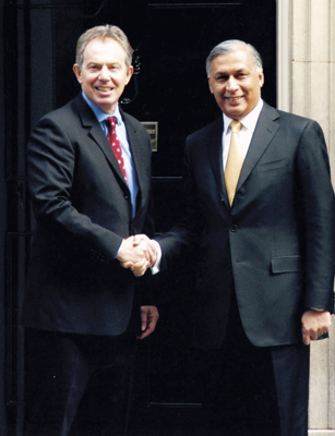 Shaukat Aziz with Tony Blair